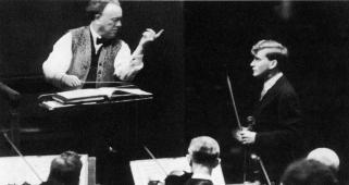 Willem Mengelberg, Yehudi Menuhin, Concertgebouw april 1938, première van het Vioolconcert van Schumann